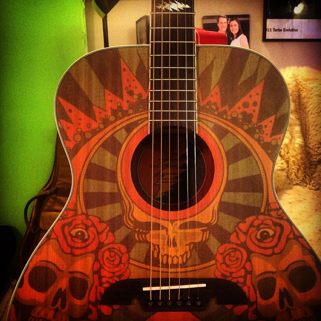 Alvarez 5th anniversary acoustic guitar